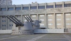 Башни главного калибра крейсера «Киров»